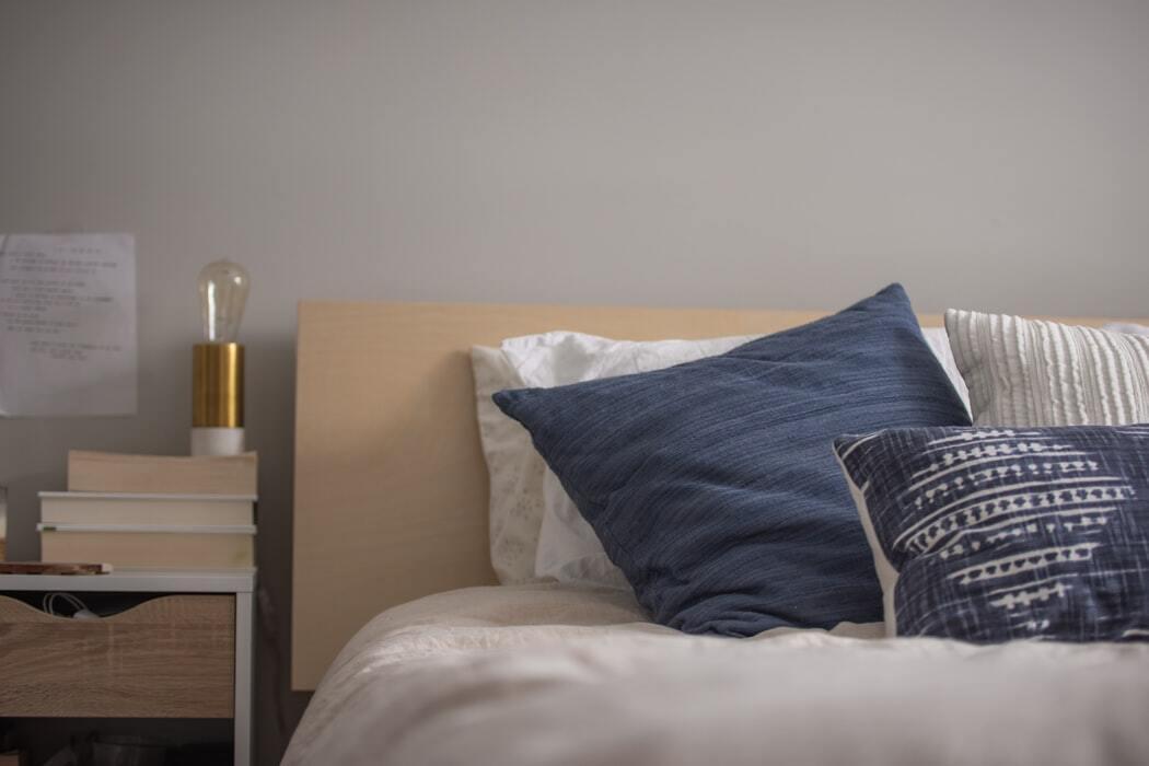 Pillow Manifestation